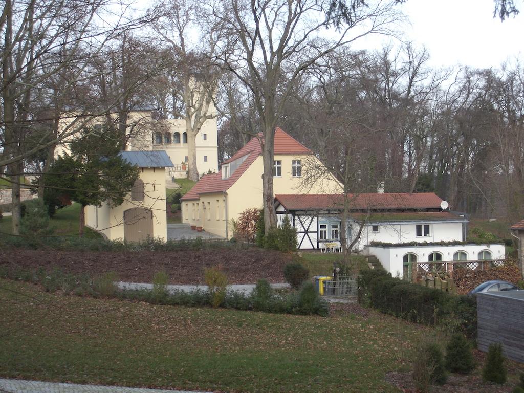Potsdam Villa Jacobs mit Nebengebäuden