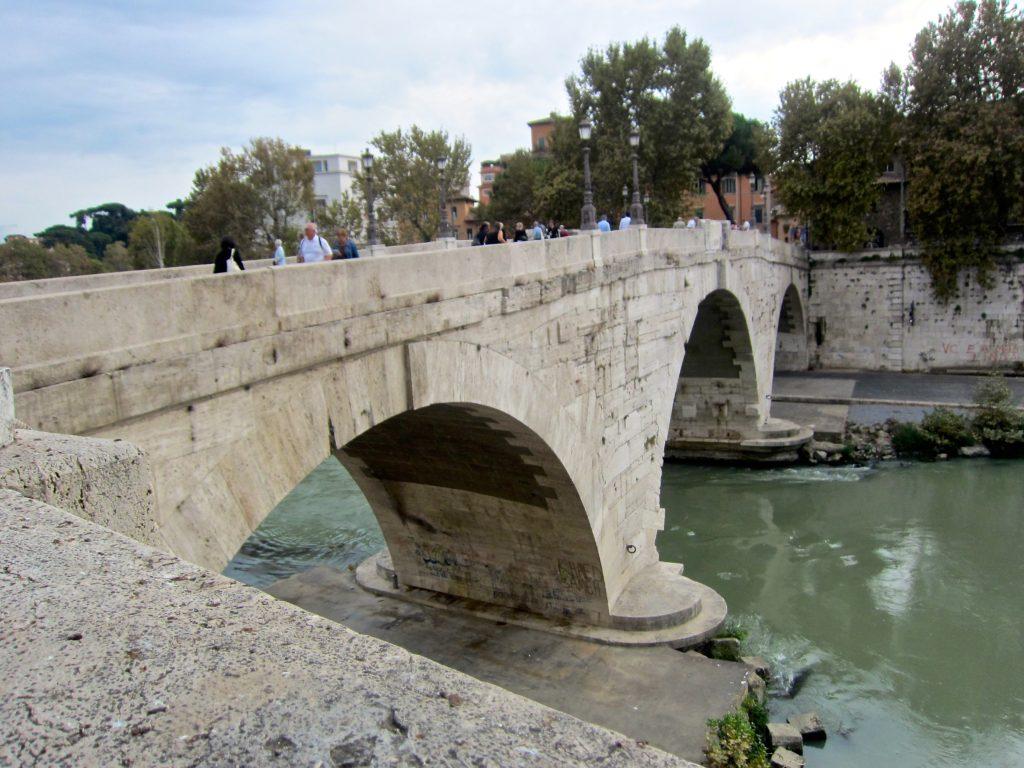 Tiberinsel Ponte Cestio