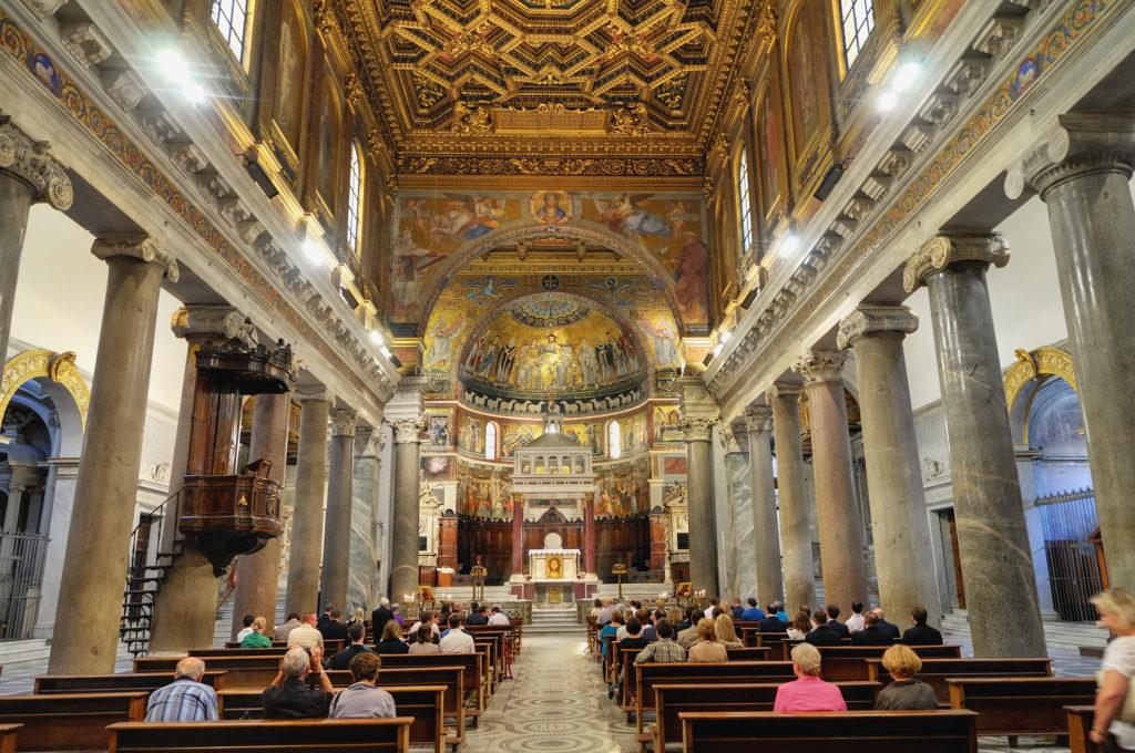 Trastevere S. Maria Inneres