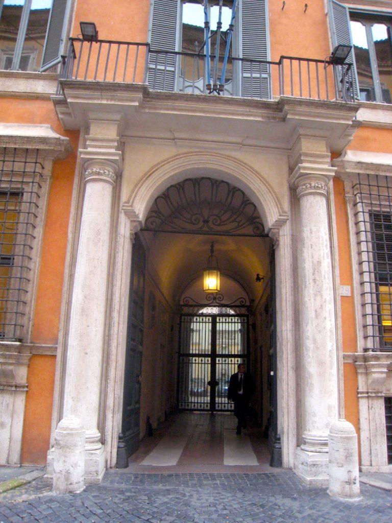 Rom Portal Giustiniani