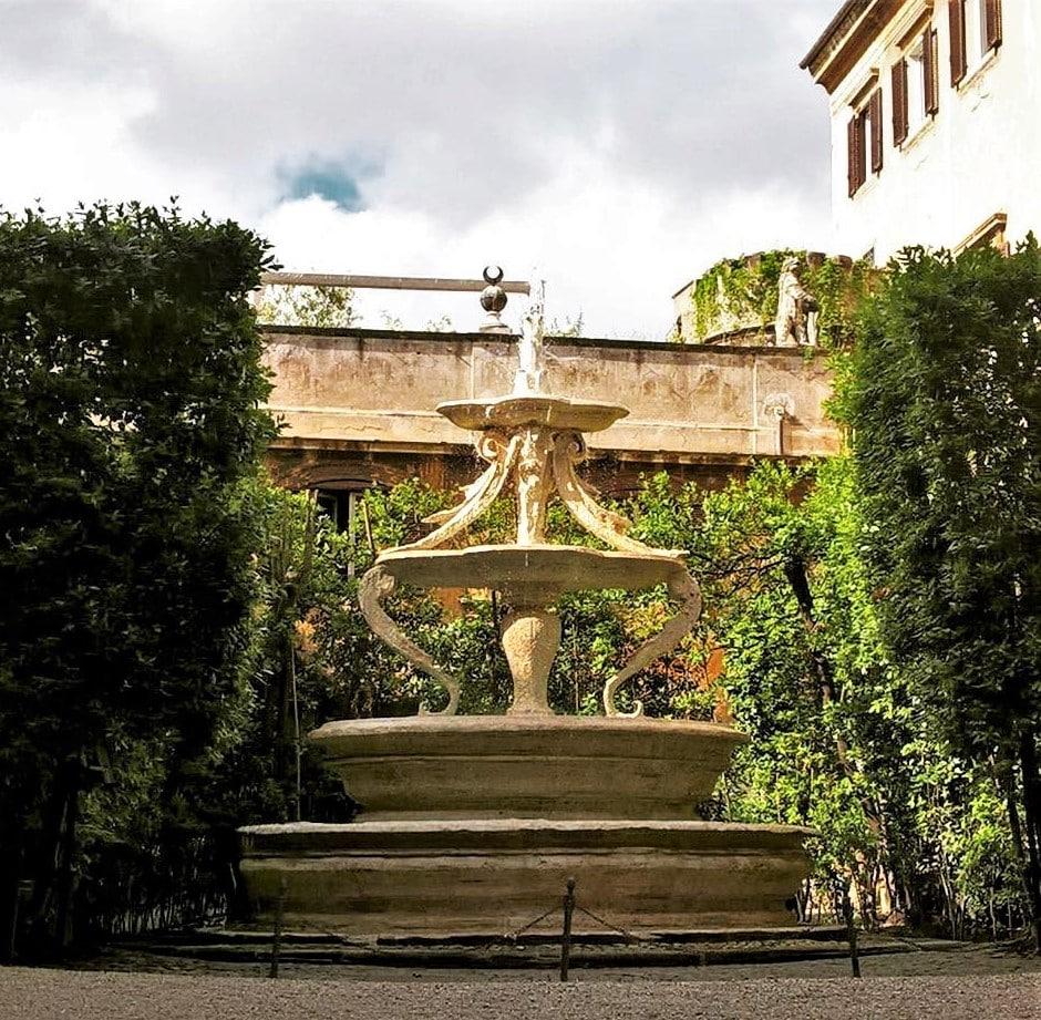 Rom Palazzo Orsini Taverna
