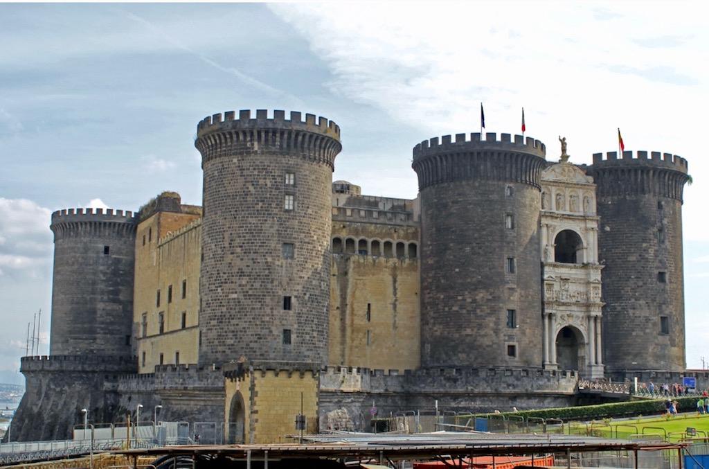 Neapel Castel Nuovo
