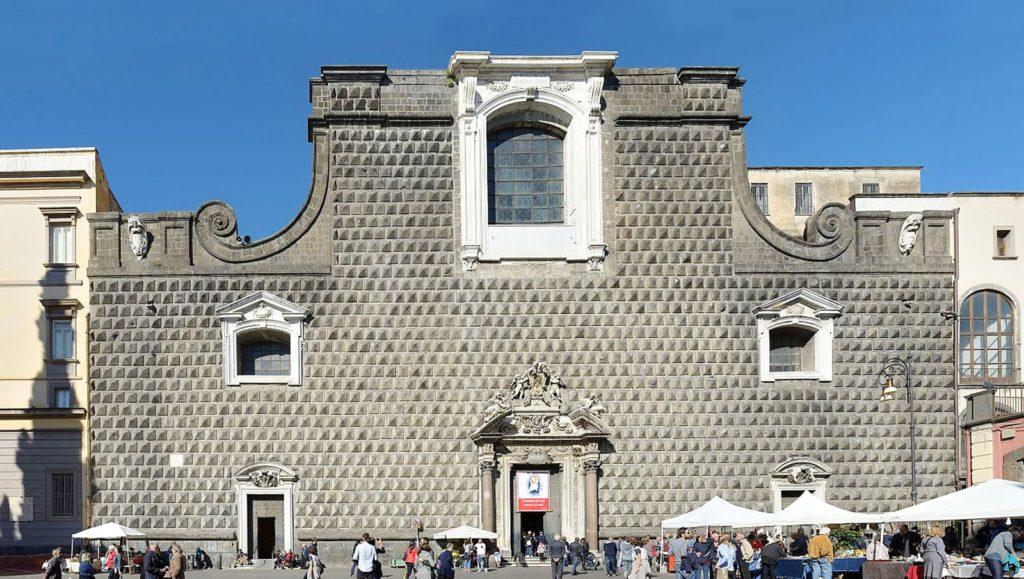 Neapel Gesu Nuovo