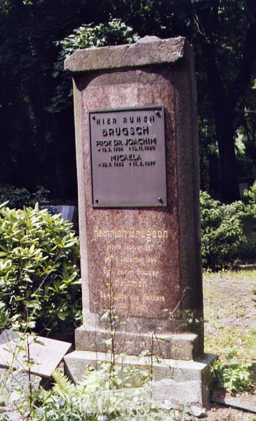 Grabmal Brugsch Charlottenburg