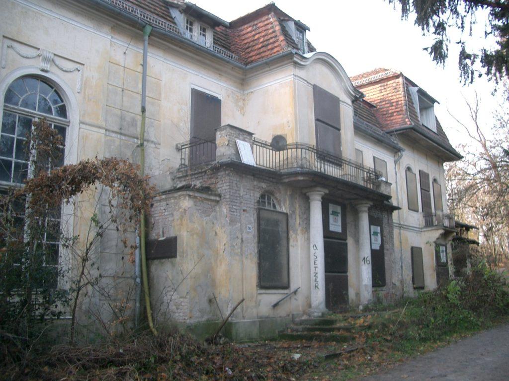 Villa Gutmann von vorn 2003