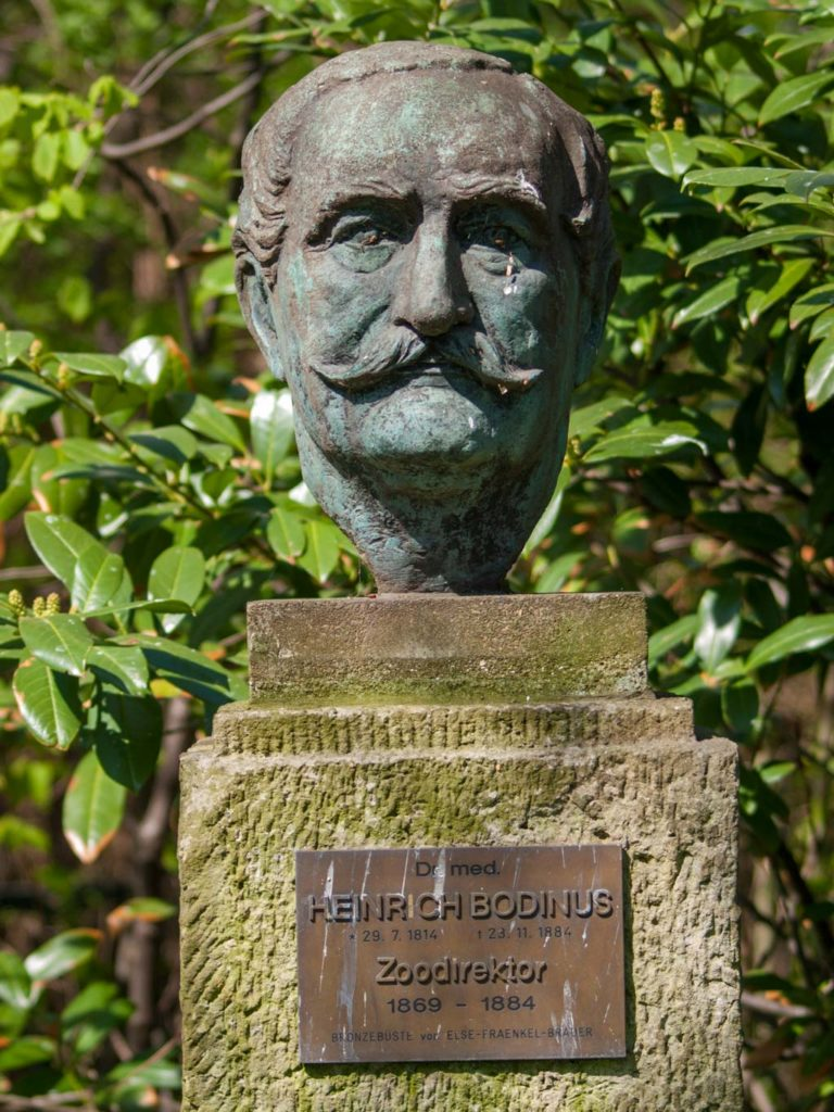 Büste Heinrich Bodinus im Zoologischen Garten Berlin